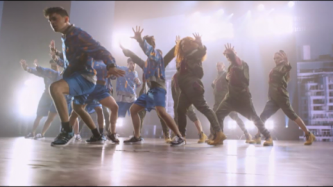 Image sourced from Born To Dance film