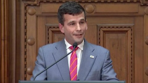 David Seymour says the economy and Covid his focus not Māori language week